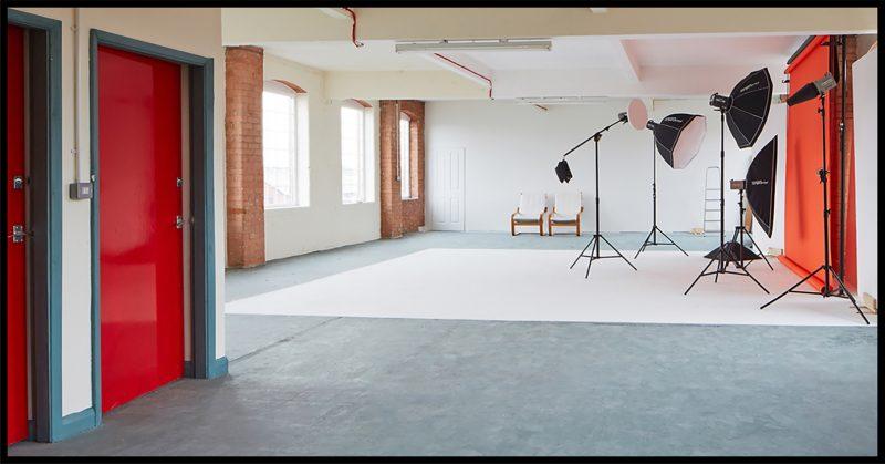 photo studio, studio, photographer, photography, daylight studio, commercial studio, birminaghm idp, ian davies photo